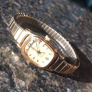 Timex - Quartz watch